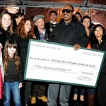 Stevie Wonder visita Flea e os alunos do Silverlake Conservatory of Music